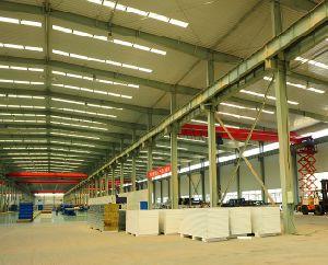 Acero galvanizado en caliente /H soldada de acero de viga de la estructura del edificio con paneles sándwich a bajo precio para almacén taller Cleanroom