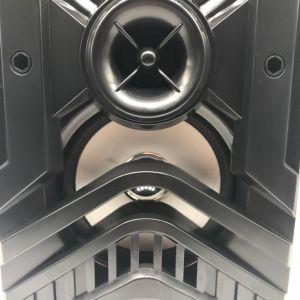 USB補助FMの無線のカラオケのBluetoothの携帯用木のスピーカーとの中国の製品の新しい到着