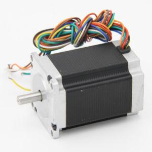 Un motore passo a passo ibrido da 0.9 gradi per audio strumentazione