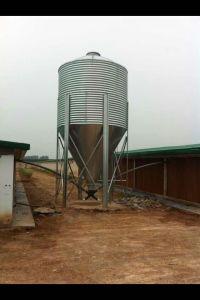 Silo de alimentación para la granja avícola