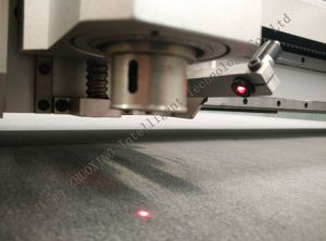 Zx-2516V la cuchilla de oscilación CNC Máquina de corte de la Junta Kt