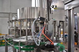 Full automatic 8, 000bph garrafa plástica máquina de enchimento de Bebidas carbonatadas