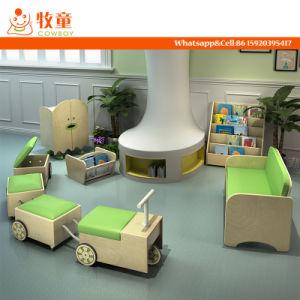 Meubilair van het Centrum van de kinderverzorging het Volledige Vastgestelde