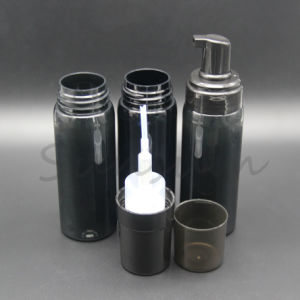 La formation de mousse bouteille PET de couleur noir pour faire face à nettoyer