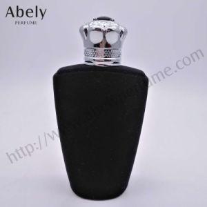 Più nuova bottiglia di profumo di vetro di coperchio del velluto dal progettista con esperienza