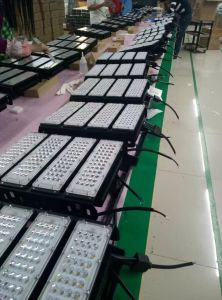 300W/400W/500W/600W/700W/800W/1000w/1200W Luz High Bay LED Industrial/Holofote LED de exterior