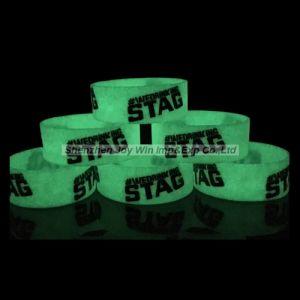 World Cup를 위한 Dark Silicone Bracelets에 있는 선전용 Glow