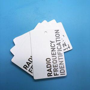 Codificação personalizada18000-63 ISO UHF RFID vestido de papel de transferência térmica etiqueta rótulo