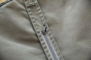 Foldable非編まれた灰色のガウンカバーワイシャツの衣装袋