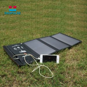 Foldable太陽電池パネルの充電器6With15With 21W USB + DCの出力