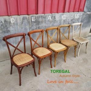 Alquiler de madera de exterior apilable de silla de jardín de atrás de la Cruz de la boda