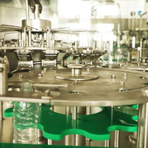 Caixa pequena garrafa PET Água Mineral puro /Bebidas/Líquido, Máquina de Embalagem embalagem de enchimento de engarrafamento