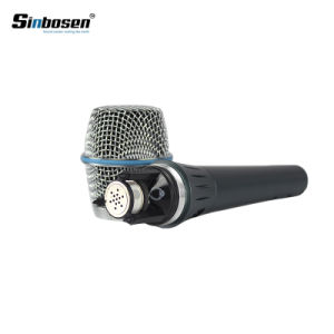 Microfono collegato tenuto in mano del condensatore di Sinbosen Beta87A Supercardioid