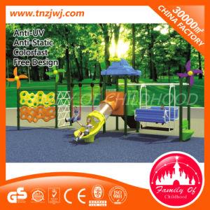 De Plastic Schommeling van uitstekende kwaliteit van de Tuin van Playset van de Schommeling met Klimrek