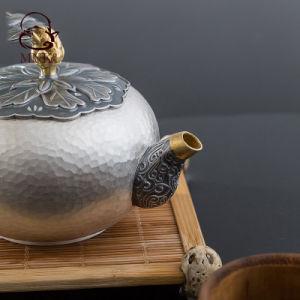 銀製の鍋の銀のやかんのやかん水鍋の茶鍋