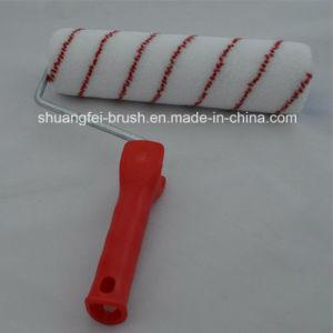 Handleの赤およびBlue Strips Nylon Paint Roller