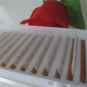 Mode de vente chaude 0,07 coups de fouet de soie blanche molle Volume cils Lash cosmétique