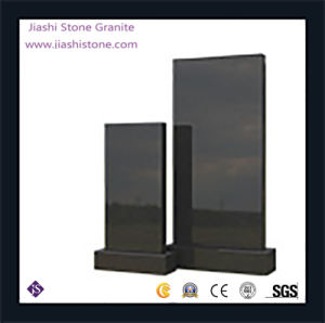De natuurlijke Zwarte Grafsteen en Grafsteen Rusland van het Graniet rechtop