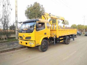 Fabricante Dongfeng 6 Rodas 5ton caminhão com Guindaste