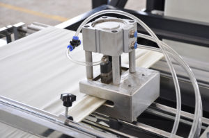 Zhengxin PP non tissé d'étanchéité à ultrasons automatique Making Machine (ZXL SAC-B700)