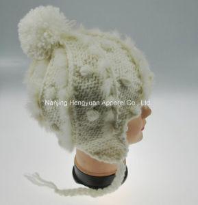 柔らかいアクリルのポンポン(HY041978)を持つ昇進の女性Winter Hat Knitted Hat