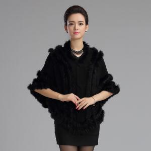 Fashion Acrylic Knitted Rabbitの女性毛皮の冬のショールのポンチョ(YKY4479)