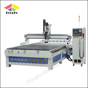 機械装置に自動4つの軸線Atc CNCのルーター機械をする