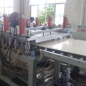 Conseil de l'extrudeuse de mousse PVC WPC Profil de ligne d'extrusion de plastique PP PE Feuille de plastique de la machinerie
