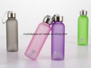 Frost farbige Plastikwasser-Saft-Getränkeflasche