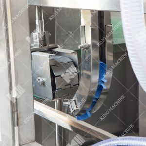 5 جالون دلو [فيلّينغ مشن] لأنّ ماء مصنع