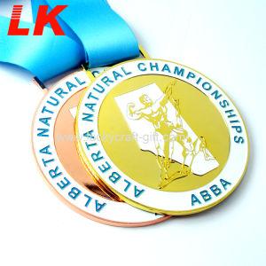 安いカスタムサッカー亜鉛合金の金属の連続したメダル