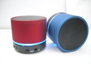 Bewegliche drahtlose MiniBluetooth Lautsprecher-Unterstützungs-TF-Karte mit LED-Licht (OM-S11)