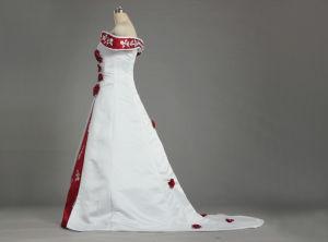 W225 hors tension à l'épaule broderie Satin robes de mariage blanc et rouge avec des fleurs