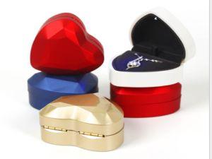 LED boîte à bijoux en forme de coeur bague de fiançailles Case anneau forme de coeur