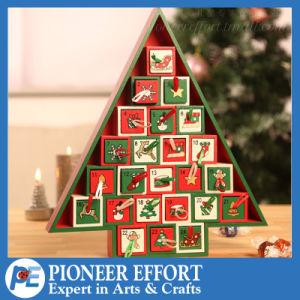 Hölzerner Aufkommen-Kalender mit 24 Fächern für Weihnachten