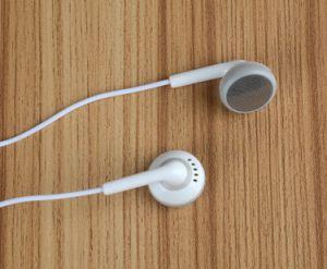 Microfono basso eccellente della cuffia avricolare del trasduttore auricolare di Vpb S7 in orecchio 3.5mm per il iPhone 6 6s Xiaomi per il telefono mobile Ypf70