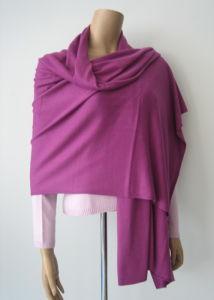 カシミヤ織のポンチョかカシミヤ織の覆い