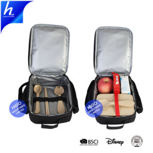 Блюда на обед в сумке на Управление изоляцией тепловой мешки охладителя