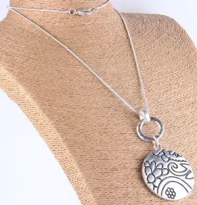 Met de hand gemaakt van de Verklaring Boho van de manier Grote Antieke Zilveren Gehamerd om de Halsband van de Tegenhanger van de Bloem