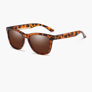 Venda por grosso de acessórios de moda da marca de design do logotipo personalizado óculos polarizados Bywd0717