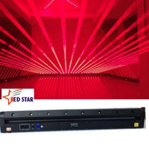 Il DJ che illumina l'indicatore luminoso rosso della fase del laser degli otto occhi delle teste 8