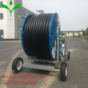 Het Systeem van de Irrigatie van Rainmaking van de Spoel van de Slang van China met Boom 300m*60m