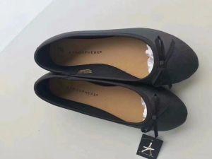 Semelles PU Lady Shoes, Lady des chaussures plates, les femmes des chaussures plates, de la mode des chaussures, 15000 paires