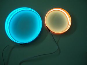 Эль-красного цвета подсветки белый лист Blacklight Blue-эль-подсветкой