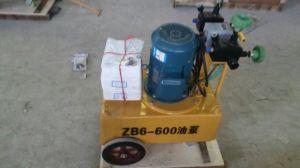 持ち上がる油圧ジャックに使用する電気油ポンプにプレストレスを施す
