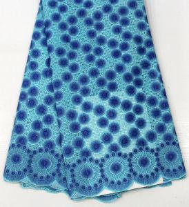 ナイジェリアの刺繍のフランス語はウェディングドレスのためのアフリカのレースファブリックをひもで締める