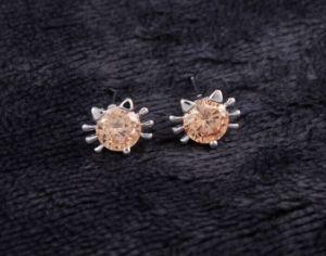 方法CZの立方ジルコニアは党銀製のイヤリングの宝石類を魅了する