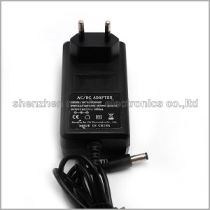 Эффективность VI 12V адаптер питания с сертификат CE 2.5A