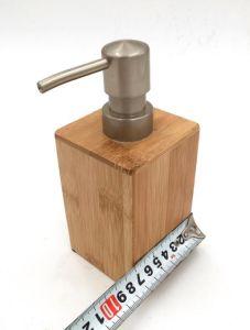 タケ装飾的な手のSanitizerのびんおよび容器のびん