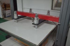 Apparecchiatura di collaudo comandata da calcolatore della forza di compressione del contenitore di scatola